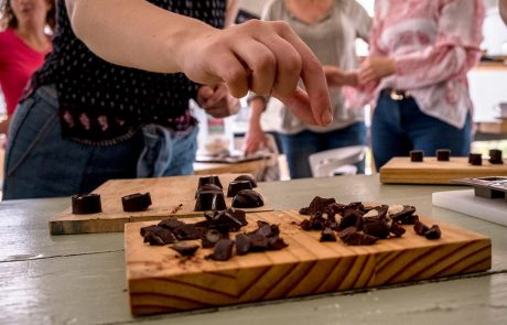 Raw Chocolate Making